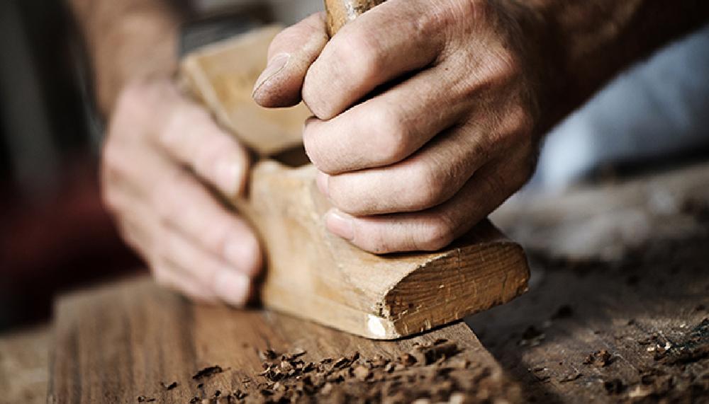 工匠生產手刮木地板